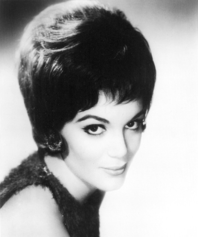 Connie Francis I'm Movin' On cover