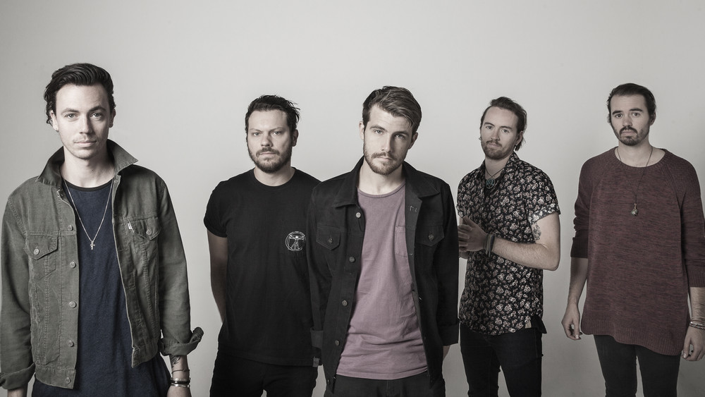 Klip: Hands Like Houses – Monster